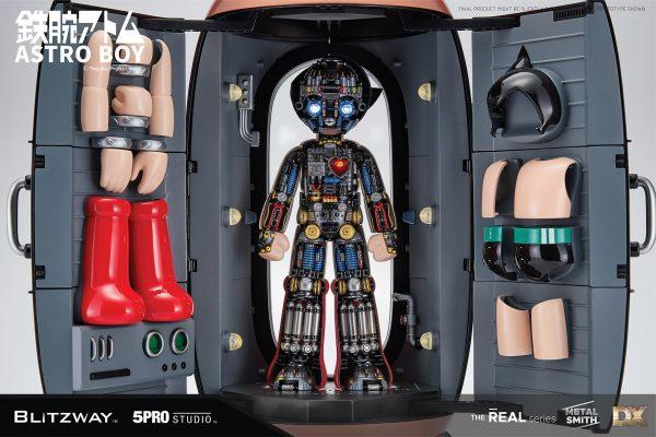 Blitzway Astro Boy Deluxe Version Superb Anime Statue