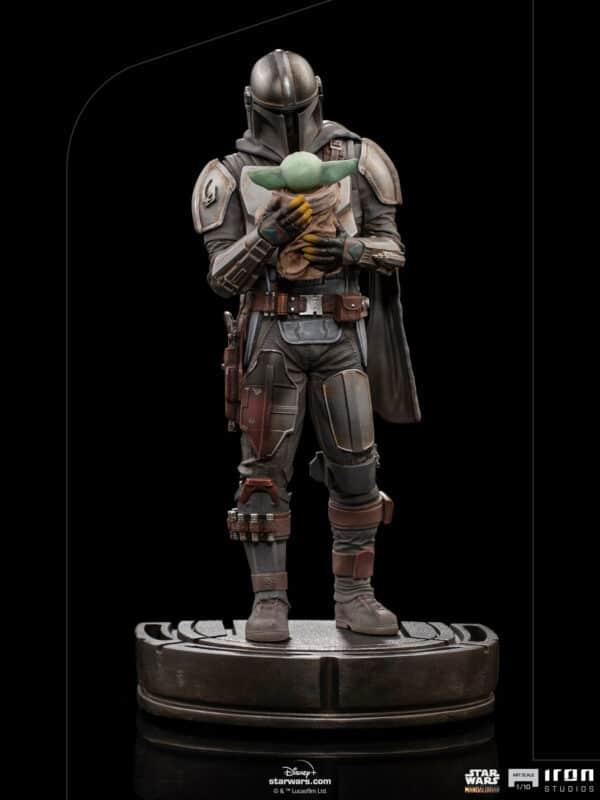 Iron Studios Mandalorian and Grogu Art Scale Pre-Order