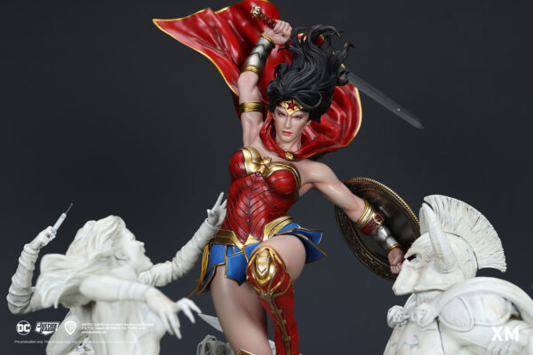 Wonder Woman Courage David Finch - Marble Ver Pre-Order